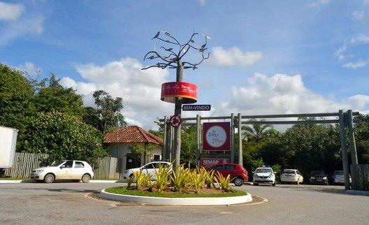 Foto da fachada do Parque Natural Municipal dos Pássaros