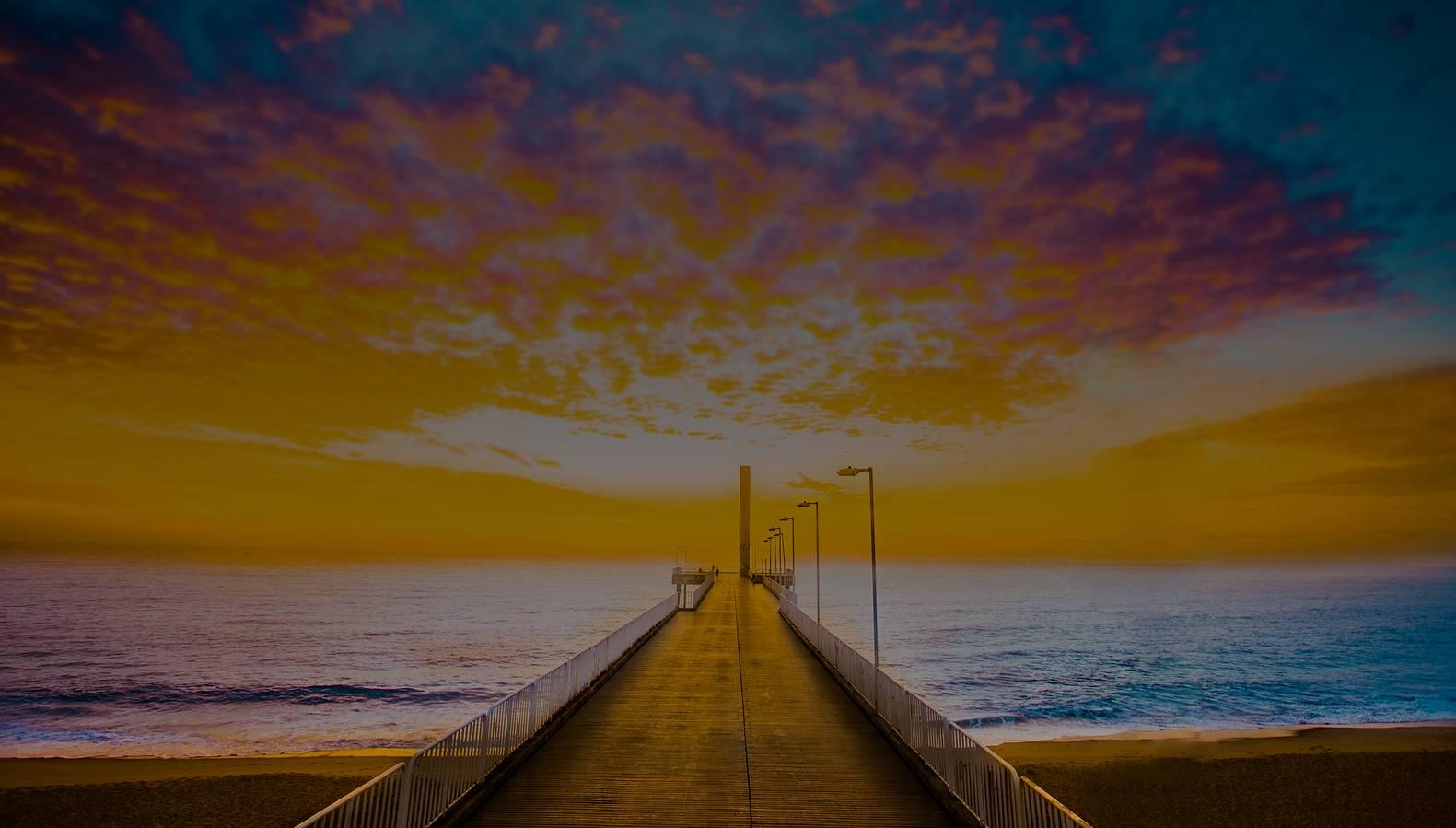 Foto do Emissário Submarino em Costazul minutos antes do nascer do sol