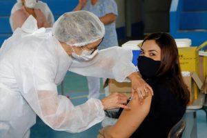 Vacinação contra Covid acontece de segunda a sexta, em cinco polos da Cidade. Foto: Celso Avila